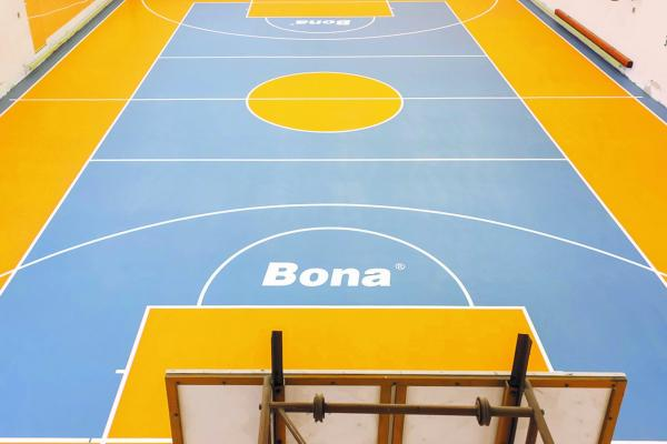 Renovation sports floor - Bona Resilient System